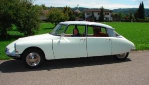 Frau Keller und ihre Citroën DS 19 Bj. 1956